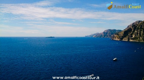 the-sea-of-the-amalfi-coast
